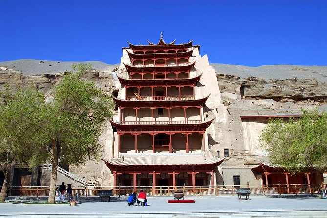 Dunhuang Private Day Tour of Mogao Grottoes, Crescent Lake and Singing Mountain photo 4