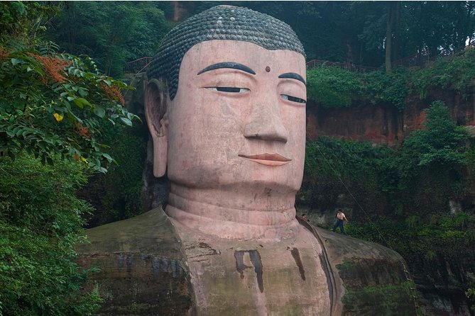 Chengdu Private Day Tour of Leshan Giant Buddha and Lingyun Temple