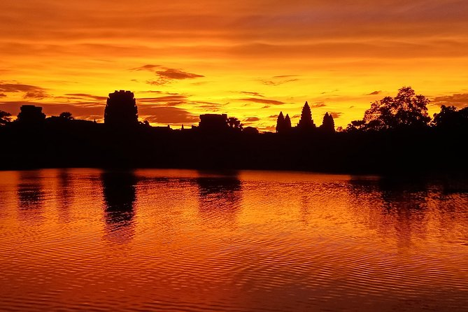 Angkor Wat Sunrise Guided Tours, Small Group Angkor Wat, Bayon & Ta Prohm ( 3 Up To 10 Pax )
