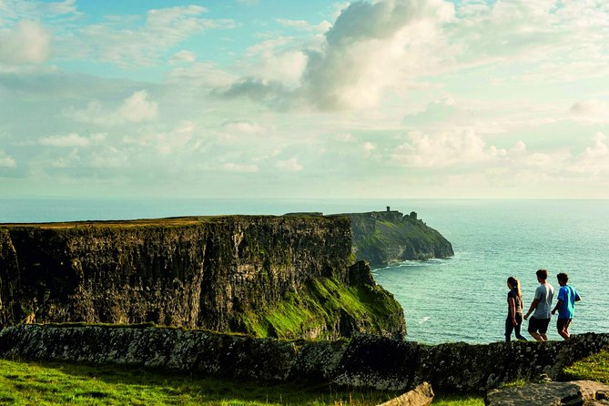 Cliffs of Moher Day Tour from Cork: Including The Wild Altanic Way