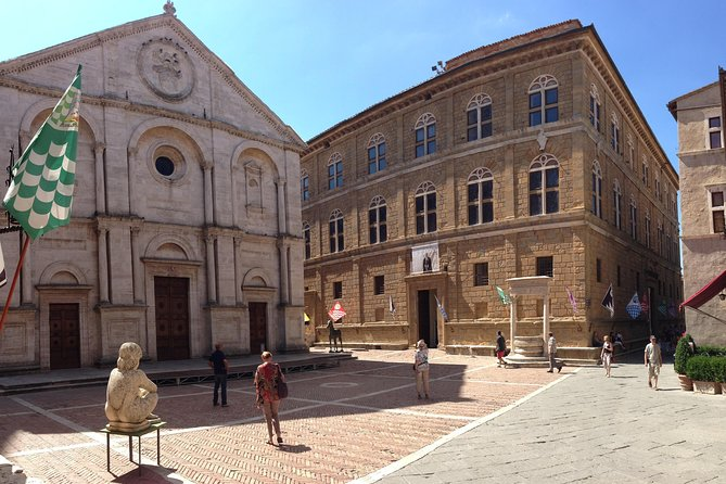 Private Pienza and Montepulciano Half-Day Trip from Siena Winter Season photo 1