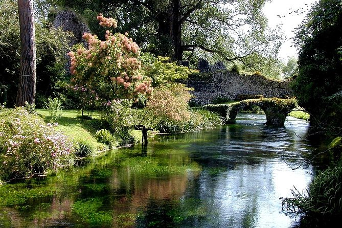 Ninfa & Sermoneta tour from Rome