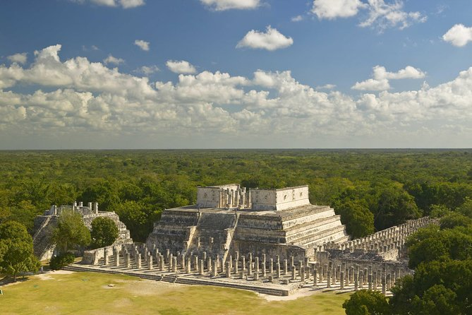 Early Access to Chichen Itza + Lunch & optional Valladolid and Swim at a Cenote