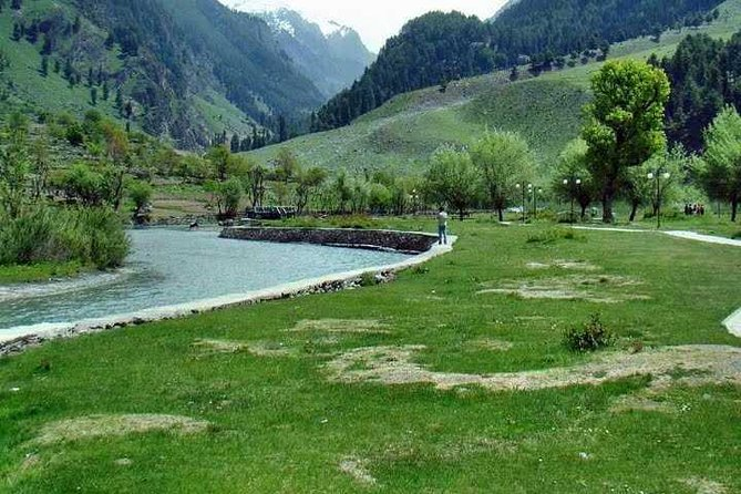 Private Same Day Pahalgam Trip with Lunch from Srinagar