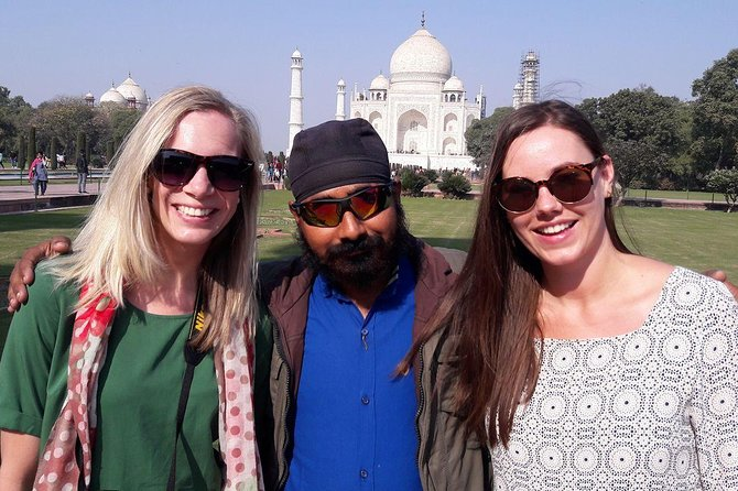 Private Taj mahal day tour with various price option photo 1