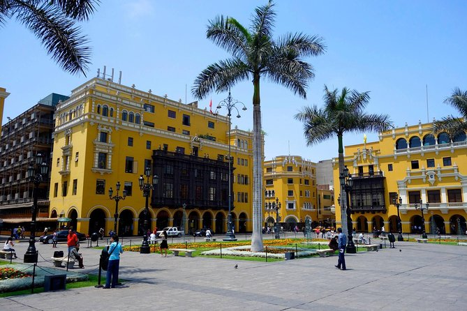 Lima City Walking Tour with Pick-up & Drop Off Small Group