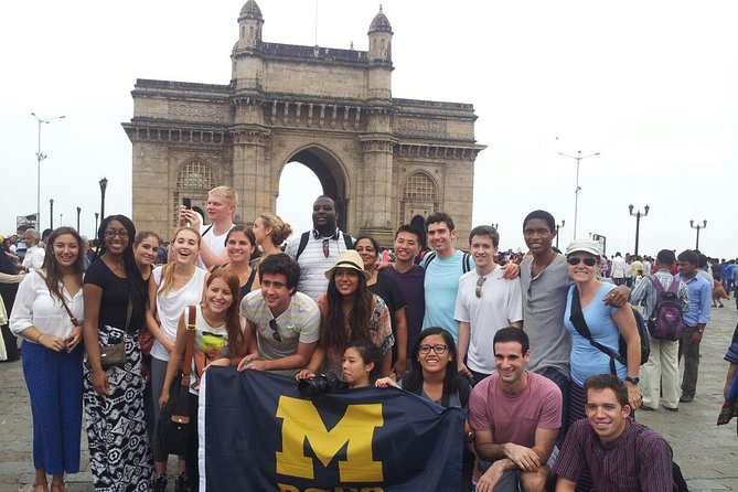 Private Full-Day Sightseeing Tour of Mumbai with Ferry ride