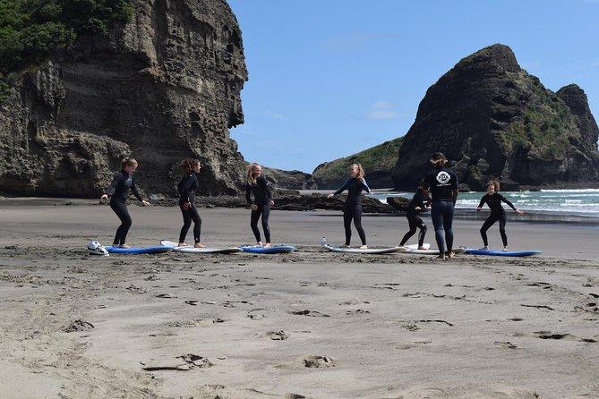 Group Lesson at Piha Beach, Auckland