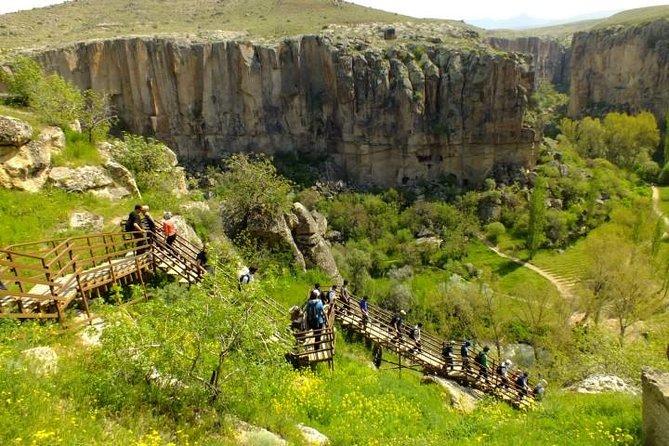Small Group: Ihlara Valley and Derinkuyu Underground City Tour