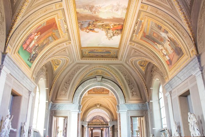 Skip-the-Line Vatican Tour with Sistine Chapel and St Peter's Basilica photo 2