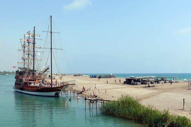 Boat Trip on Manavgat River and shopping on the Turkish Bazaar from Side