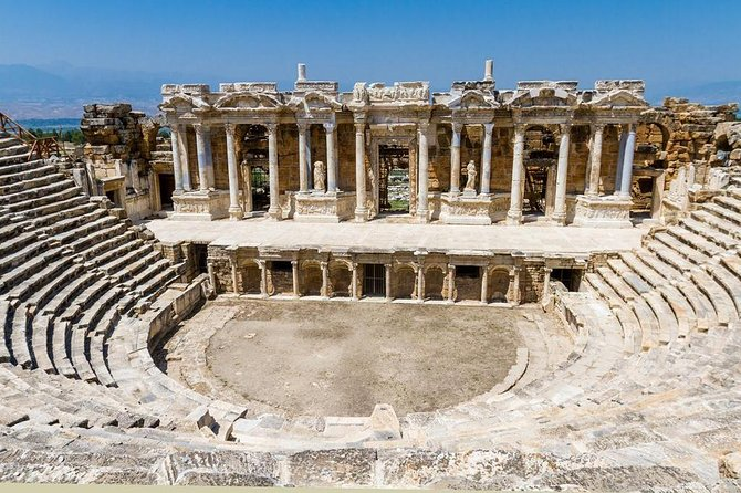 Private tour to Pamukkale hot springs and Aphrodisias ancient city