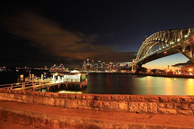 Sydney: Book A Local Host