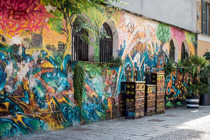 Milan: Book A Local Host