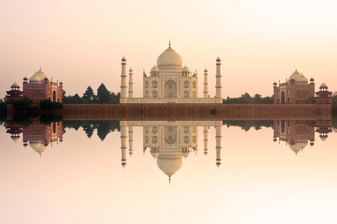 Agra Half-Day City Tour and Transfer to Delhi