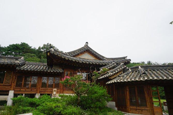 Korea Furniture Museum and Gilsangsa Temple