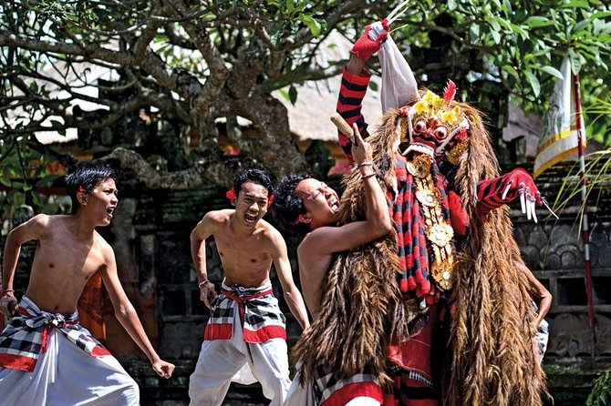 The Best Private Tour-Barong Dance-Ubud Art Village-Batur Volcano-Tirta Empul