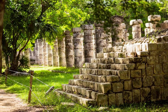 Full day tour to Chichén Itzá, Valladolid and a Mayan Cenote for the best price