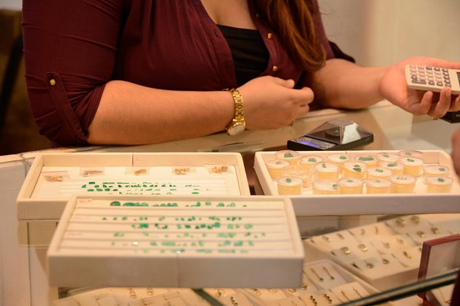 Emerald jewelry making class and visit to Emerald Museum and FREE WALKING TOUR