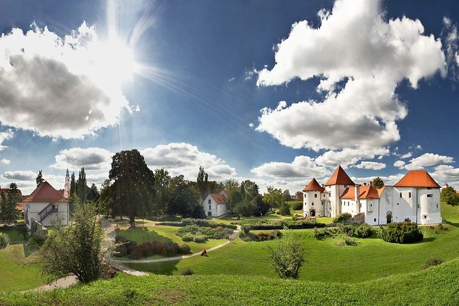 Varazdin City and Trakoscan Castle Private Day Trip from Zagreb