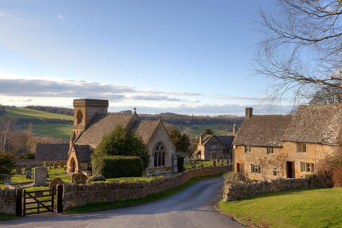 Cotswolds Scenic Car Tour with Driver - half day or full day private group tours