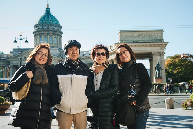Private Photographer Tour in St Petersburg