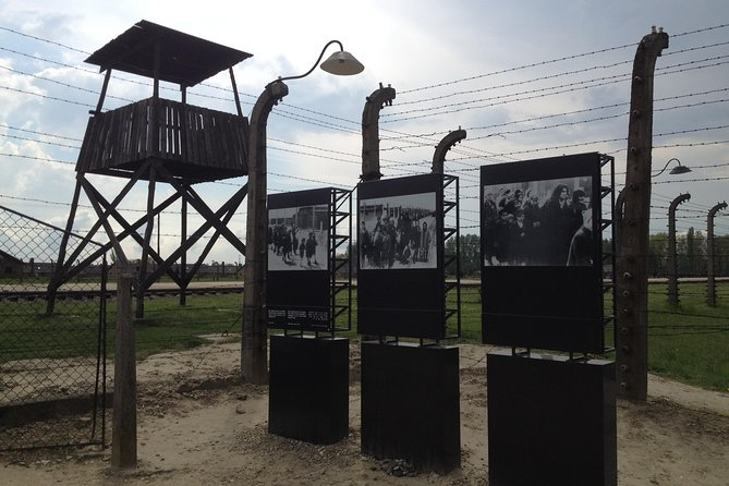 Auschwitz-Birkenau and Wieliczka with Private Transport from Krakow