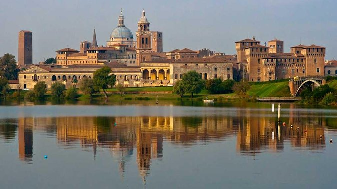 Mantua and Ferrari City Day Trip from Verona