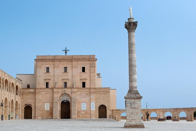 Tour in the Natural Beauties of Salento: Santa Maria di Leuca and Specchia