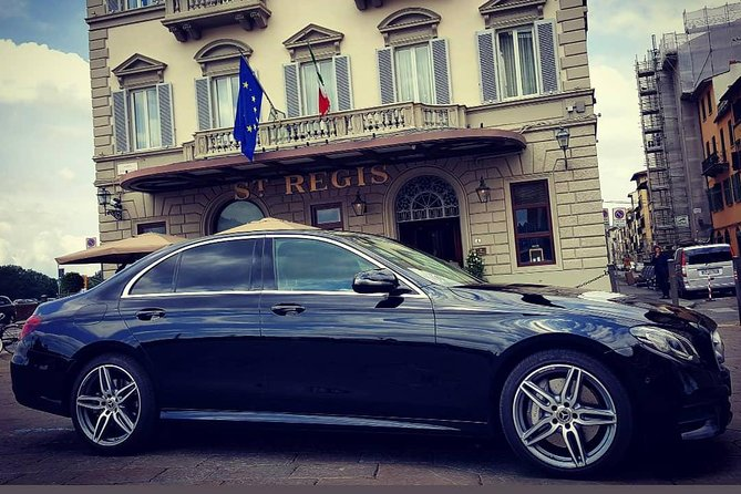 THE MALL LUXURY OUTLET CAR HIRE WITH DRIVER Mercedes E from Florence