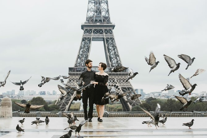 90 Minute Private Vacation Photography Session with Local Photographer in Paris