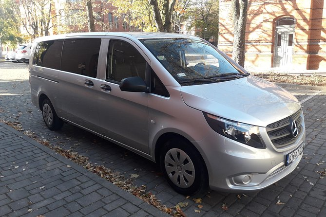 Private Airport Transfer Poznań MINIVAN Vito or Similar