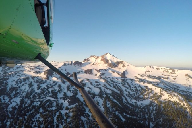 Bend, Oregon Cascades Ring of Fire Helicopter Tour
