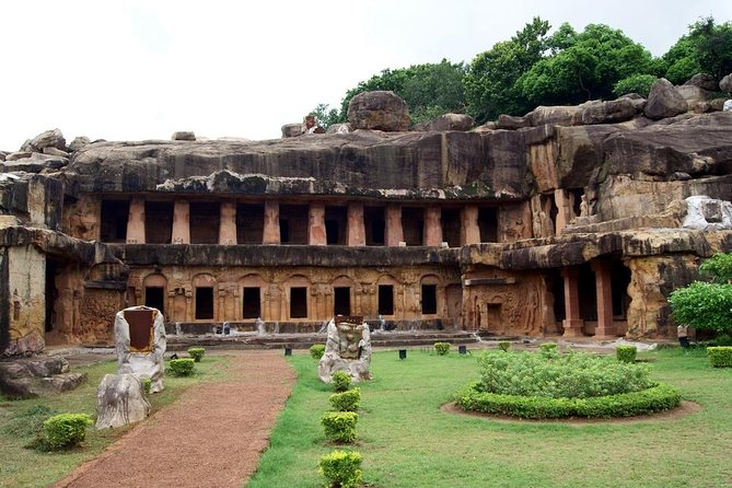 Half-Day Caves and Temples Tour in Bhubaneswar