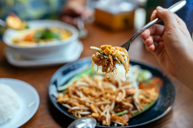 The 10 Tastings of Chiang Mai With Locals: Private Street Food Tour
