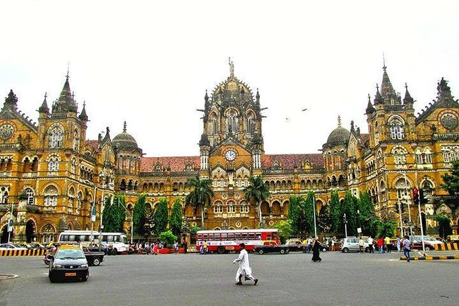 Half-Day Guided Mumbai City Sightseeing Tour with Transport