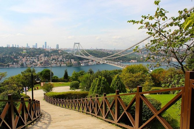 Istanbul Two Continents Half-Day Tour photo 4
