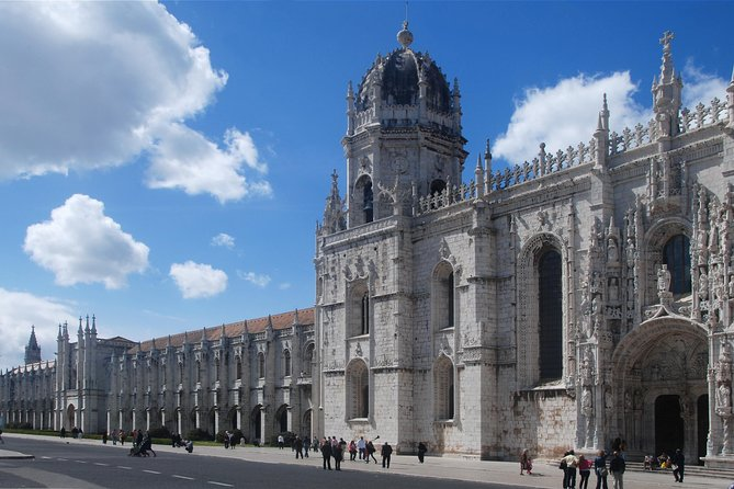 Lisbon & Belém Full Day Guided Tour photo 13