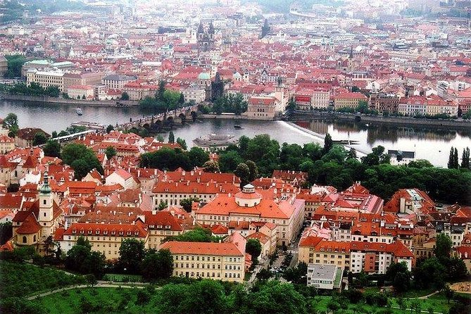 Private Half-Day Walking Tour of Prague's Historic and Famous Sites