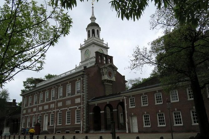 Discovering Colonial Philadelphia to now Walking Tour