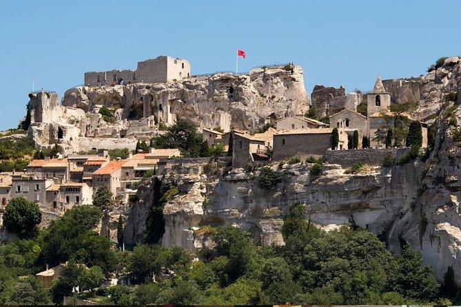 Private Avignon les baux de provence and Saint Remy de provence Full Day Tour