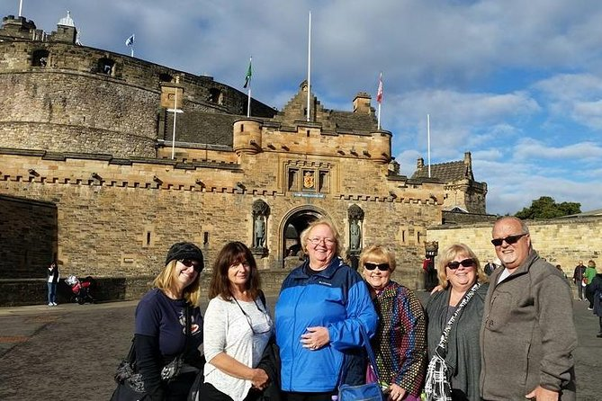 Edinburgh Castle can be visited before morning before the tour.