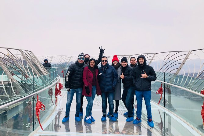 Private English Transfer to Shilin Gorge Platform And Ming City Wall