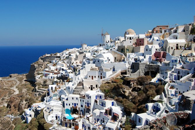 Full Day Santorini Highlights and Venetian Castles Small Group Tour