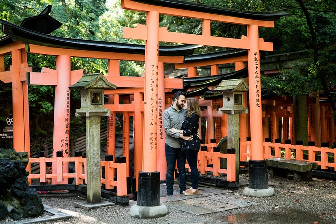 60 Minute Private Vacation Photography Session with Local Photographer in Kyoto