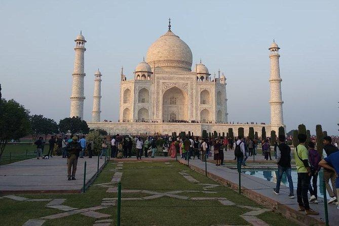 Same Day Trip to Taj Mahal Form Delhi or Jaipur