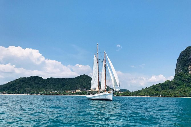 Sailing in Paradise with SERAPH