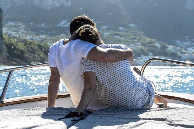 Grottos, Faraglioni and Limoncello tour around Capri island - 2 hours