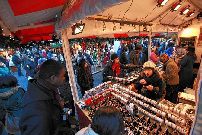 Christmas Market New York 2019.New York City Holiday Lights And Markets Walking Tour
