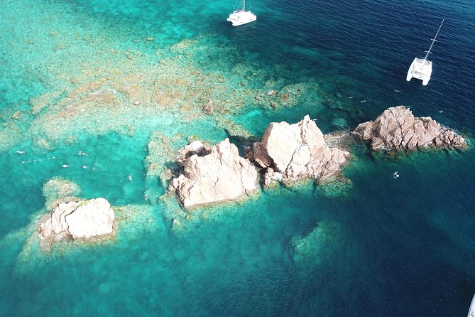 One of our many great snorkel spots!